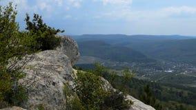 Sikt från bergen stock video