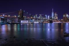 sikt från brooklyn till Manhattan New York Arkivbild