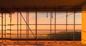 Sikt från byggnad på konstruktionsplatsen royaltyfri bild