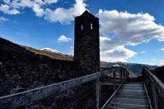 Sikt från de schweiziska fjällängarna LXIX Arkivfoto
