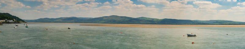Sikt från den Aberdovey stranden, Wales, UK Fotografering för Bildbyråer