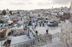 Sikt från den Damascus porten till Jerusalem den gamla staden israel Arkivfoto