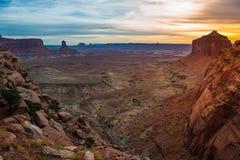 Sikt från den falska Kiva Trail efter solnedgång Royaltyfria Bilder