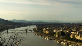 Sikt från den Gellert kullen ovanför Donauen, Budapest Royaltyfria Bilder