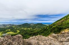 Sikt från den Nuuanu Pali utkiken Arkivfoto