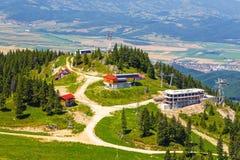 Sikt från den Postavarul massiven, Rumänien arkivfoton