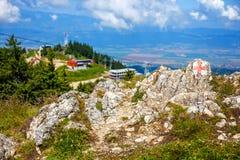 Sikt från den Postavarul massiven, Rumänien royaltyfri fotografi