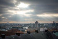 Sikt från det Christiansborg tornet detta är in mot hamnen denmark royaltyfri bild