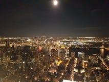 Sikt från Empire State Building på natten Fotografering för Bildbyråer