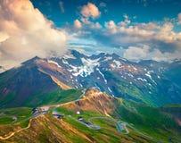 Sikt från en fågels öga av Grossglockner den höga alpina vägen Royaltyfria Bilder