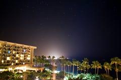 Sikt från en Hawaii semesterort Arkivbild