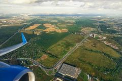 Sikt från ett flygplan på Moskvaregionen Fotografering för Bildbyråer