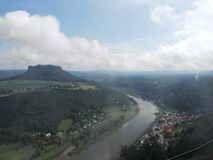 Sikt från fästningen Konigstein Royaltyfri Foto