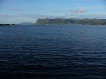 Sikt från fågelön Runde i Norge! Royaltyfria Foton