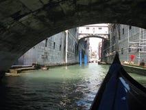 Sikt från gondolen venice Italien Royaltyfria Foton