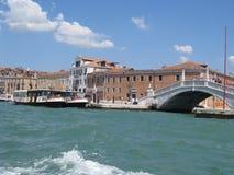 Sikt från gondolen venice Italien Royaltyfri Bild