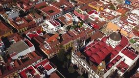 Sikt från höjden på domkyrkan och townscape San Cristobal De La Laguna, Tenerife, kanariefågelöar, Spanien stock video