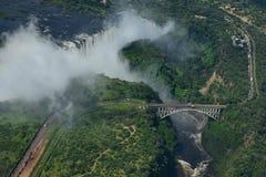 Sikt från helikoptern av Victoria Falls i Afrika Arkivbilder
