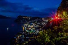 Sikt från hotellet San Michele i Anacapri på skymning, Capri, Italien Arkivbilder