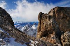 Sikt från Marmoladaen, ett berg i Italien Arkivfoto