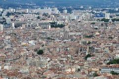 Sikt från Notre Dame de la Garde på den Marseille staden, Frankrike Royaltyfri Fotografi