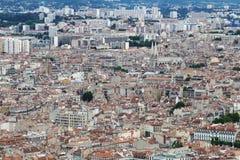 Sikt från Notre Dame de la Garde på den Marseille staden, Frankrike Royaltyfri Bild