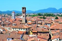 Sikt från ovannämnt av Lucca Royaltyfri Fotografi