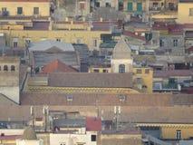 Sikt från ovannämnt - den hela staden italy naples Arkivfoto