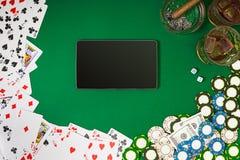 Sikt från ovannämnt med kopieringsutrymme Modell för banermallorientering för online-kasino Grön tabell, bästa sikt på arbetsplat stock illustrationer