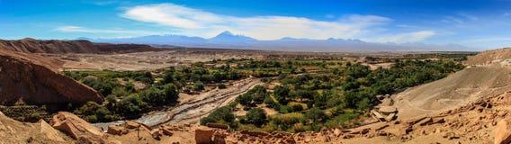 Sikt från Pukarà ¡ de Quitor Panorama, San Pedro de Atacama, nordliga Chile Arkivbilder