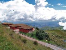 Sikt från Quito TeleferiQo Arkivbilder