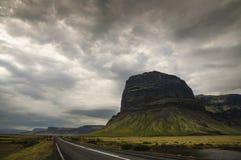 Sikt från rutt 1 på sydliga Island arkivbilder