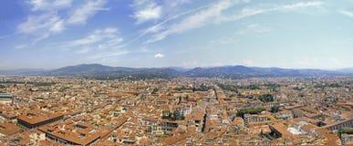 Sikt från San Gimignano, Italien Arkivfoto