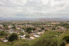 Sikt från slott till den Cumana staden arkivbild