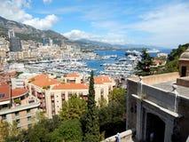 Sikt från slotten över MonacoÂs hamn fotografering för bildbyråer