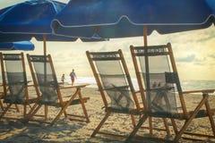 Sikt från strandstolar Fotografering för Bildbyråer