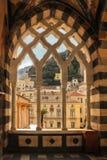Sikt från Sts Andrew domkyrka Amalfi italy arkivfoton