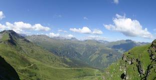 Sikt från Stubnerkogel, dåliga Gastein, Almorama, Salzburg, Österrike Royaltyfria Bilder
