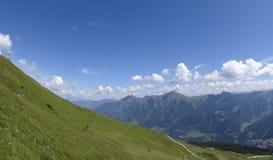 Sikt från Stubnerkogel, dåliga Gastein, Almorama, Salzburg, Österrike Royaltyfri Foto