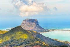 Sikt från Viewpointet mauritius Härligt landskap fotografering för bildbyråer