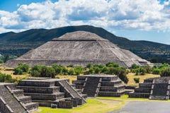 sikt för sun för mexico moonpyramid teotihuacan Royaltyfri Fotografi