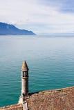 Sikt från den Chillon slotten, Schweiz Arkivbild
