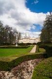 Sikt från trädgård av La Granja de San Ildefonso, Spanien Fotografering för Bildbyråer