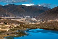 Sikt i höglandet, Sichuan, Kina royaltyfri bild