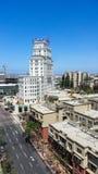 Sikt i San Diego av historisk El Cortez Hotel, nu lägenheter Arkivbild