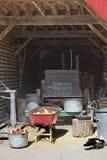 Sikt inom en gammal lagringsladugård Royaltyfria Foton