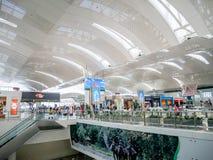 Sikt Kualanamu för internationell flygplats från det andra golvet royaltyfria foton