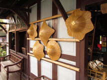Sikt på att sväva marknaden forntida Siam - hattar Royaltyfri Fotografi