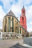 Sikt på basilikan av helgonet Servatius i Maastricht - Nederländerna arkivfoto