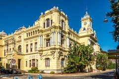 Sikt på byggnadsstadshuset av Malaga i Spanien Arkivbilder